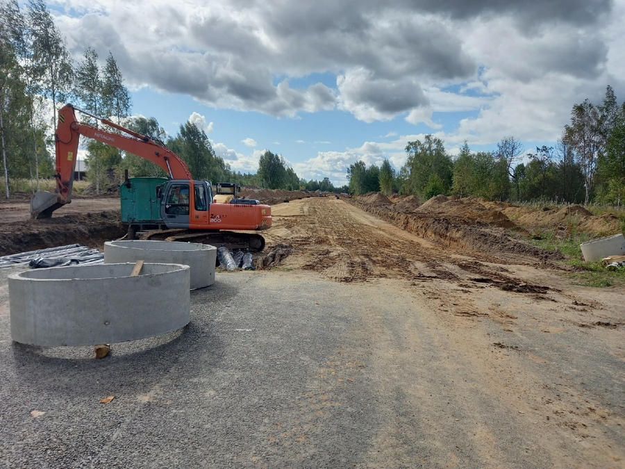 В Рыбинске продолжается строительство новой дороги на улице Волочаевской
