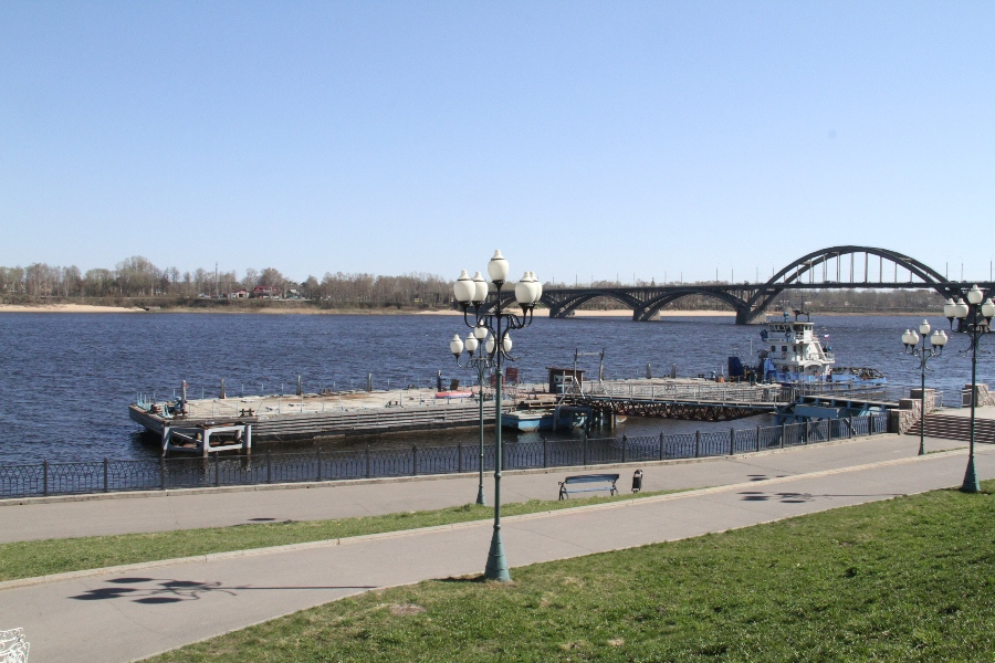 Рыбинская администрация сдаёт в аренду понтон