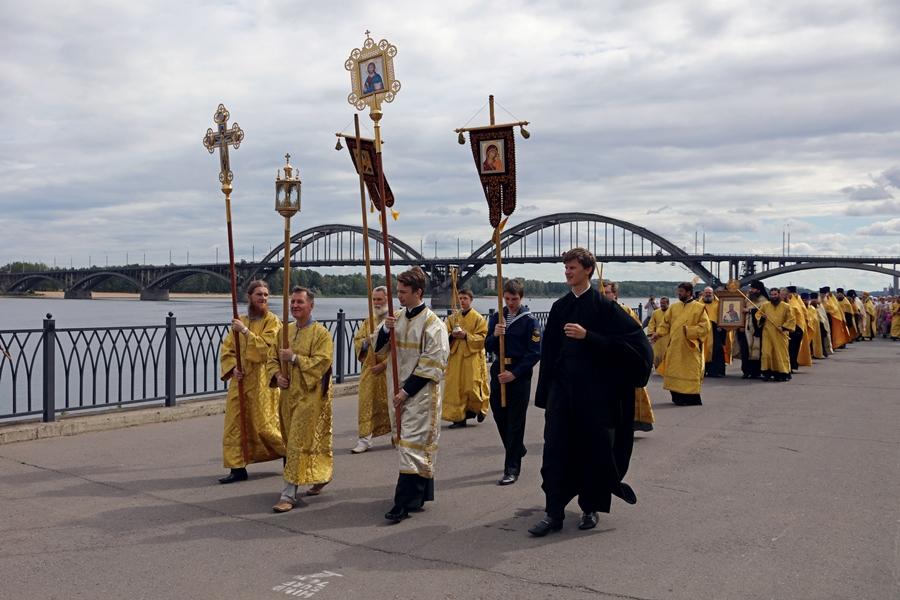 В Рыбинске встретили участников крестного хода из Кронштадта