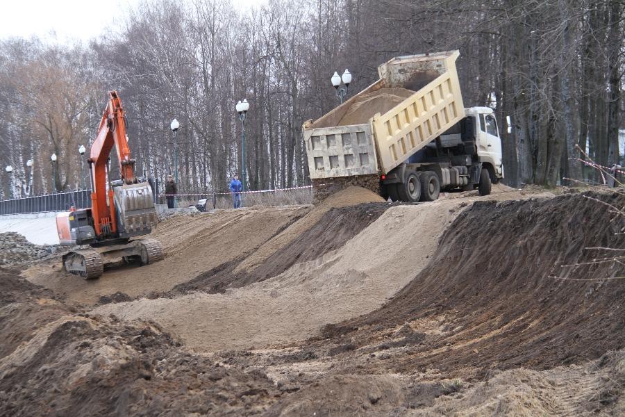 В Рыбинске приступили к новому этапу берегоукрепления