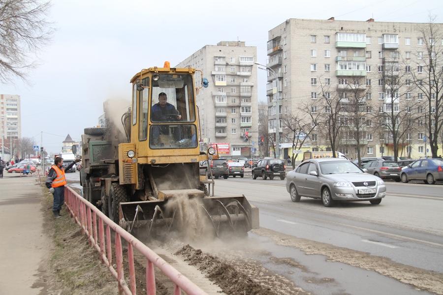 В Рыбинске продолжается месячник по санитарной уборке города