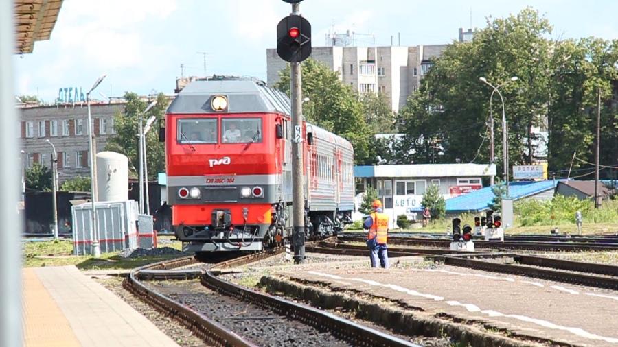 Поезд-экспресс «Чайка» совершил первый рейс  из Ярославля в Рыбинск