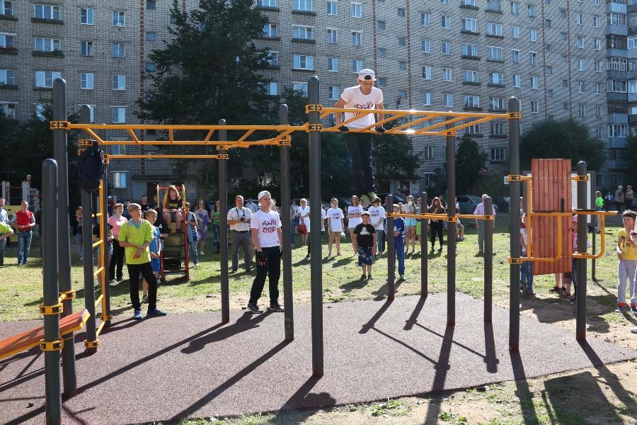 В Рыбинске открыли восьмую площадку для воркаута