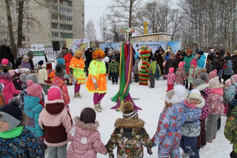 Масленичные гуляния прошли во всех микрорайонах Рыбинска