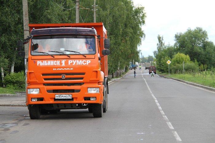 В Рыбинске торжественно открыли после ремонта автодорогу на бульваре Победы