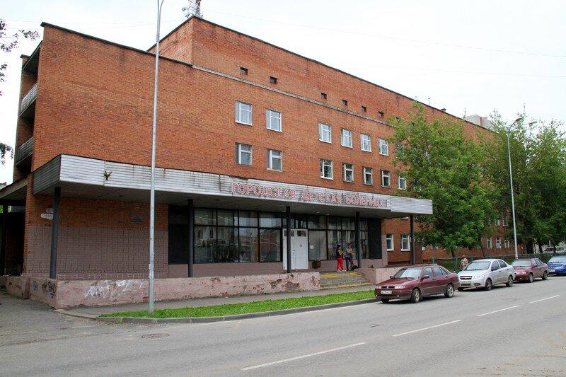 В Рыбинске ремонтируют дневной стационар детской больницы