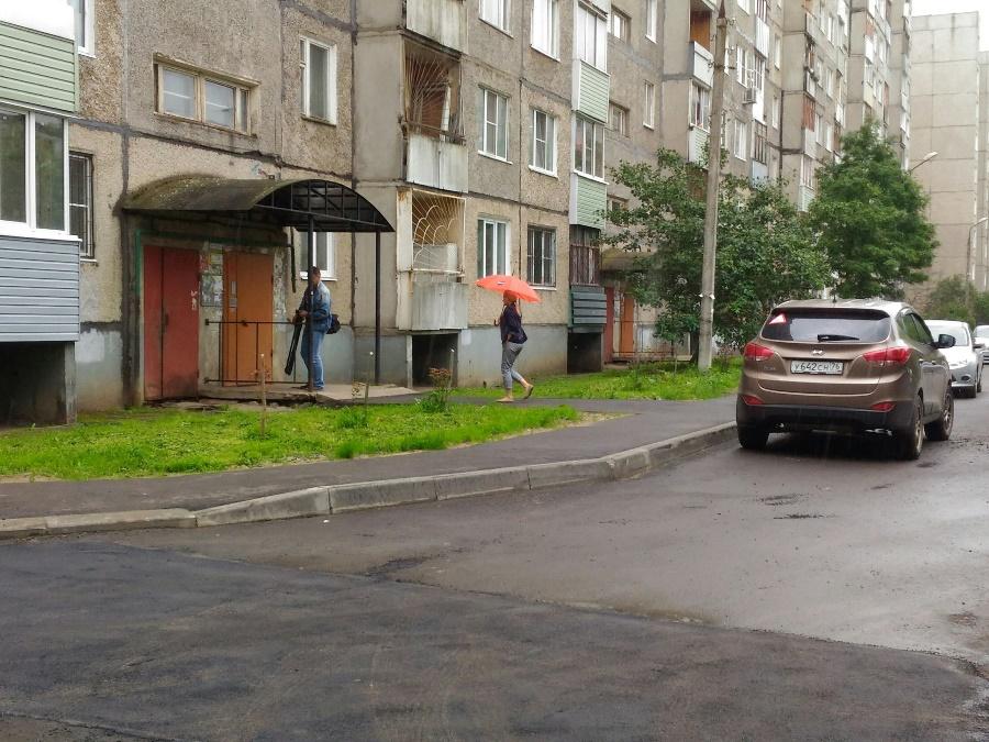 В Рыбинске недочеты ремонта двора устранили по гарантии