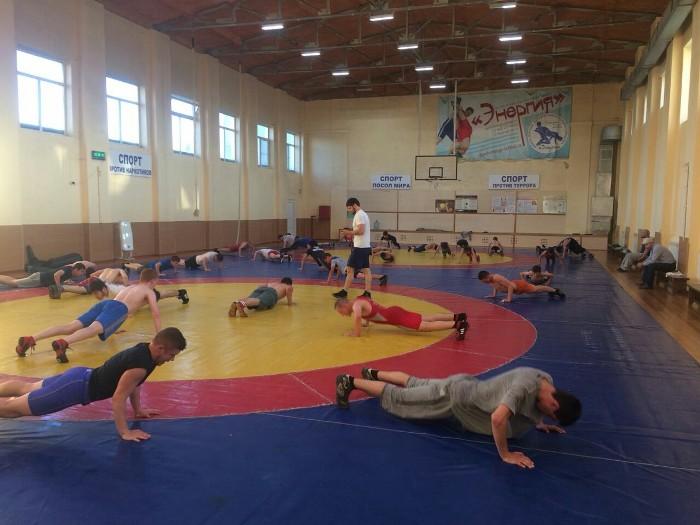 Борцы из Рыбинска провели тренировочные сборы в Каспийске