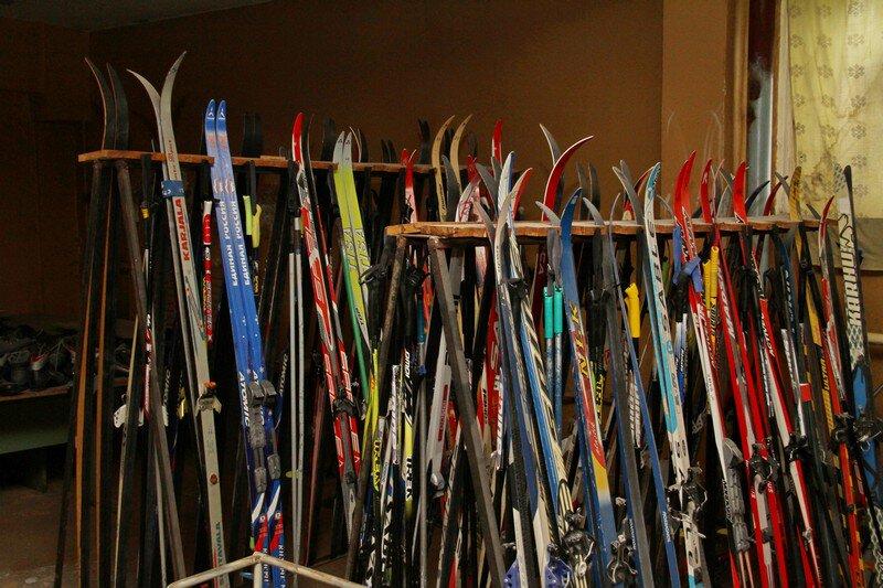 В Рыбинске в школе №6 оборудуют лыжную базу