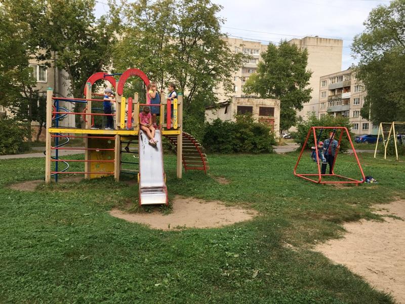 В Рыбинске  приступили к ремонту самой большой дворовой территории