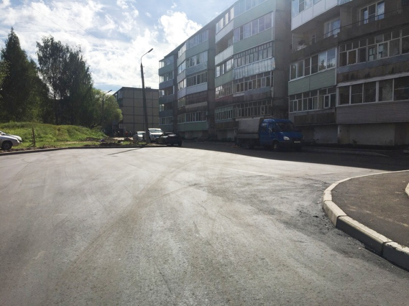 В Рыбинске по программе «Решаем вместе» отремонтировали двор на улице Лосевской