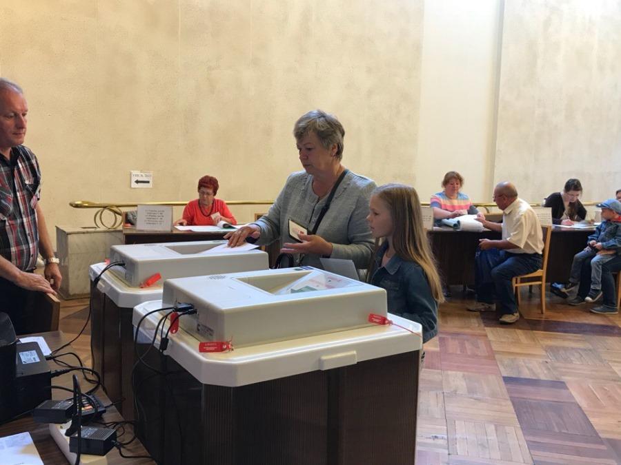 Глава Рыбинска проверил избирательные участки