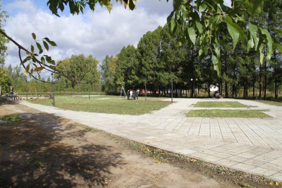 В Рыбинске завершают благоустройство территории мемориала