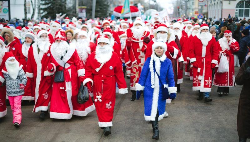 В Рыбинске состоялось юбилейное Нашествие Дедов Морозов
