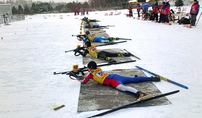 В ЦЛС «Дёмино» состоялись первые соревнования по биатлону