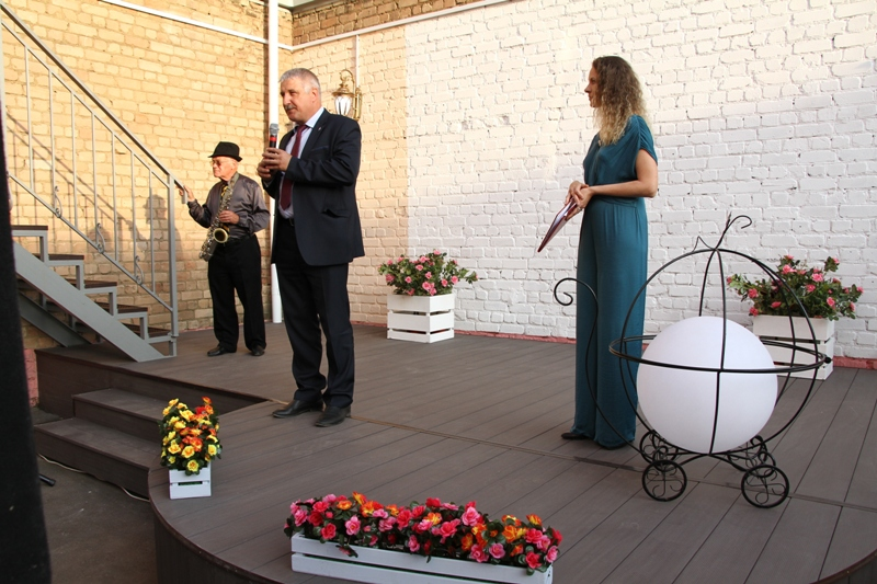 Глава Рыбинска поздравил драматический театр с началом нового сезона