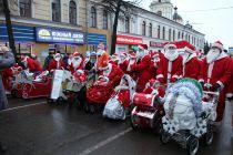 Самые юные участники НаШествия Дедов Морозов